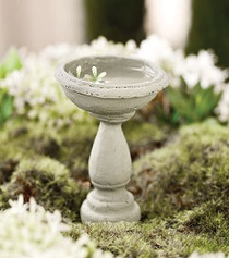 Miniature Bird Bath to add to your mini garden for the birds to enjoy.