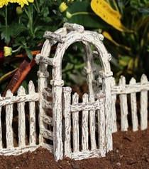 Crackle Gate w/ Arbor
