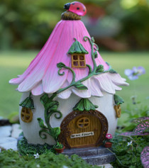 Flower Lady Bug Cottage - Solar