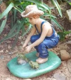 Miniature Fairy Garden Fairy | Miniature Fairy Garden Statue | Catching Frogs