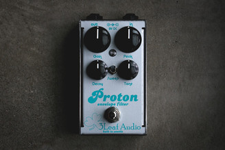"3Leaf Audio Proton Envelope Filter V3 Limited Run turquoise over metallic silver  ""Duke"""