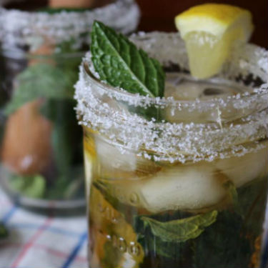 Mint Julep Tea Cocktail Recipe