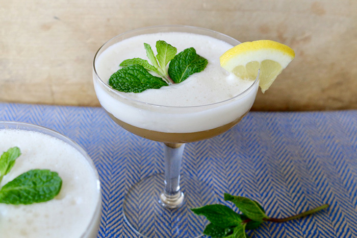 Peppermint Gin Fizz Tea Cocktail
