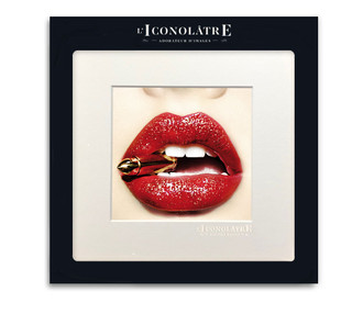 L'Iconolatre Photo Print Lips with Bullet