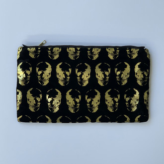 Velvet Pouch Mini Skulls, Black/Gold