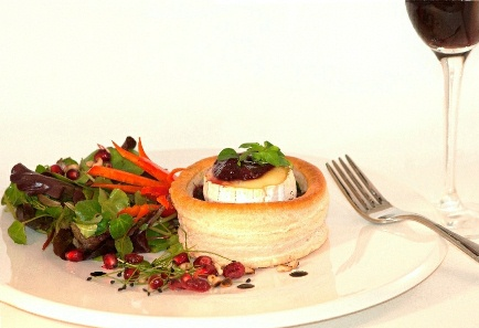 spinach-brie-and-cranberry-vol-au-vent-small.jpg