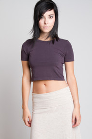 C'est Moi Bamboo Crop Tee in Charcoal
