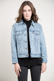 Levis Ex-Boyrfriend Trucker Jacket in Dream