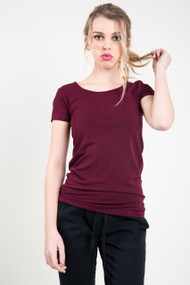 C'est Moi Bamboo SS Scoop Neck Top in Bordeaux