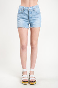 Levi's 501 Short in Weak in the Knees