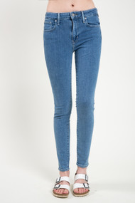 Levi's 721 High Rise Skinny in Out of Touch
