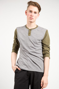 RVCA Pick Up Henley in Olive