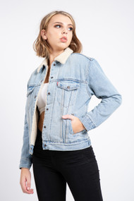 Levi's Ex Boyfriend Sherpa Trucker Denim Jacket in Strangerways