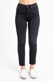 Silver Jeans Isbister Slim Skinny in Rayless