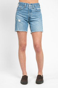 Levi's 501 Mid Thigh Short in Luxor Street