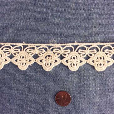 Quatrefoil Lace Edging