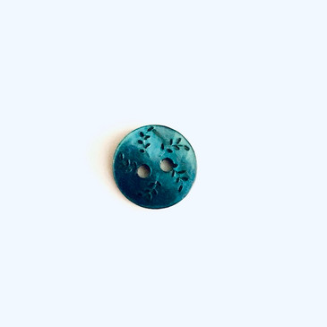 "Nala Carved Teal Shell Button 11 mm (0.43"")"