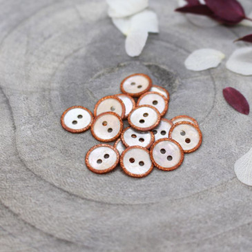 Atelier Brunette - Glitz Button in Chestnut (10 mm)