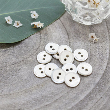 Atelier Brunette - Halo Button in Off White (10 mm)