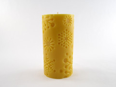 Beeswax Solid Snowflake Cylinder Pillar Candle in Natural