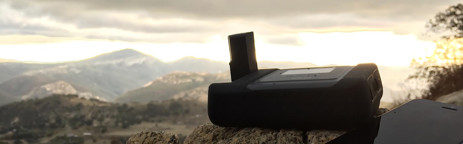 iridium go satellite smartphone wifi hotspot from NorthernAxcess