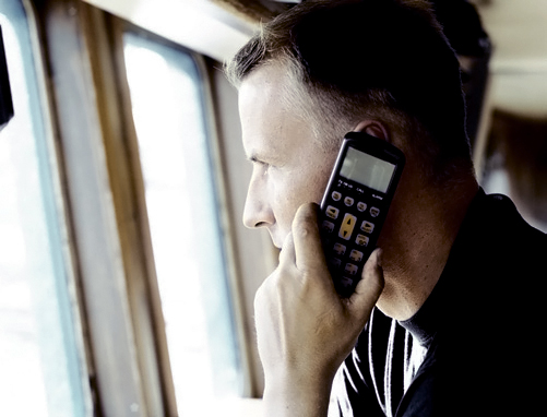 sailor-sc4000-with-handset-used-in-a-vessel.jpg