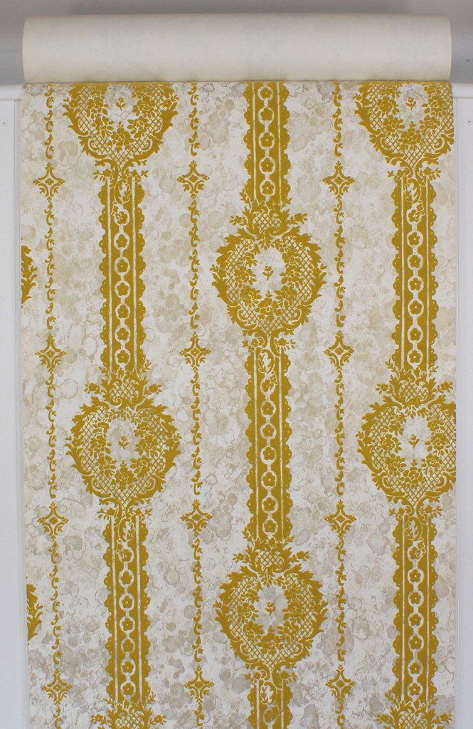 1970s Vintage Wallpaper Gold Green Flocked Design on Marble