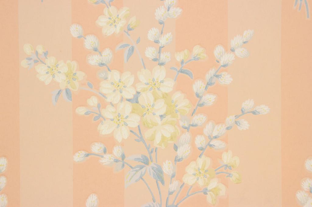 1940s Vintage Wallpaper Bouquets on Peach Stripe