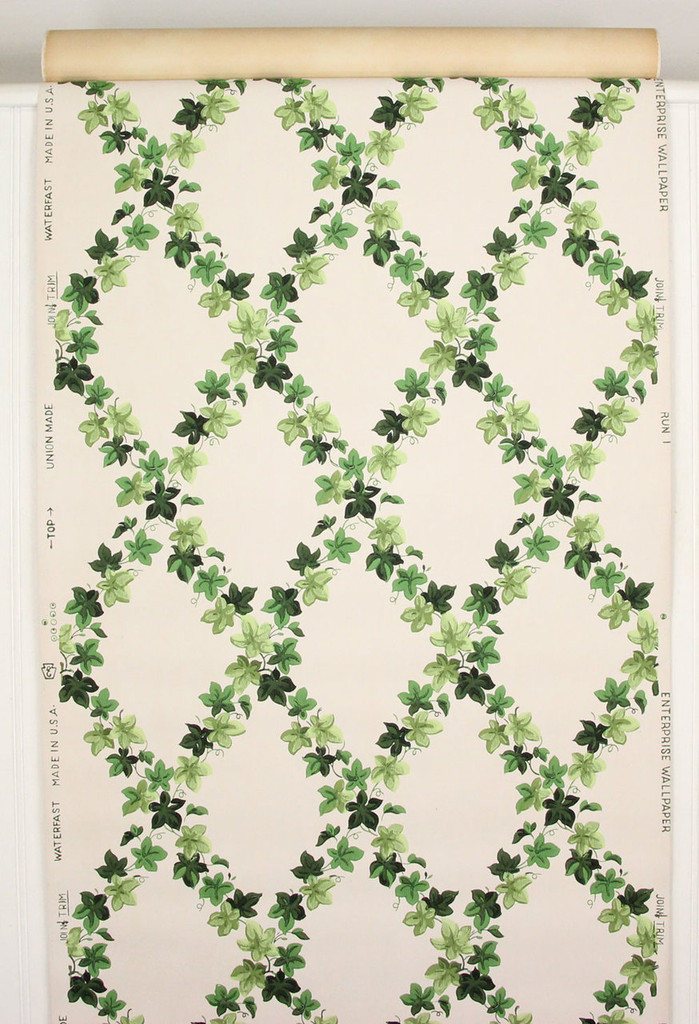 1940s Vintage Wallpaper Ivy Lattice