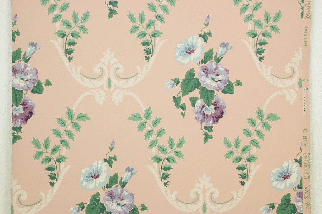 1940s Vintage Wallpaper Blue and Purple Floral Bouquets on Pink