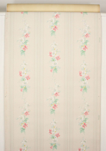 1940s Vintage Wallpaper Pink and White Floral on White Stripe