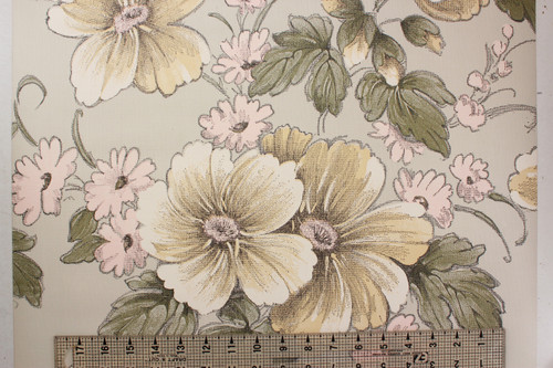 1970s Vintage Wallpaper Large Flowers on Gray