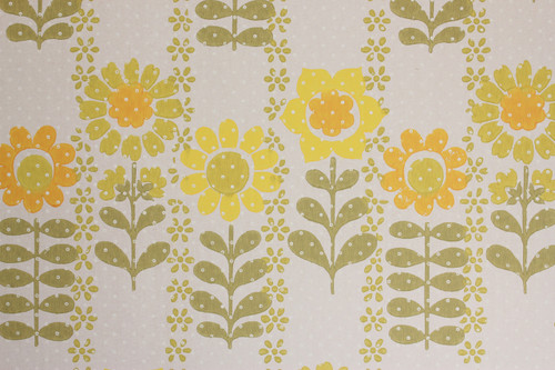 1970s Vintage Wallpaper Retro Yellow and Green Flowers