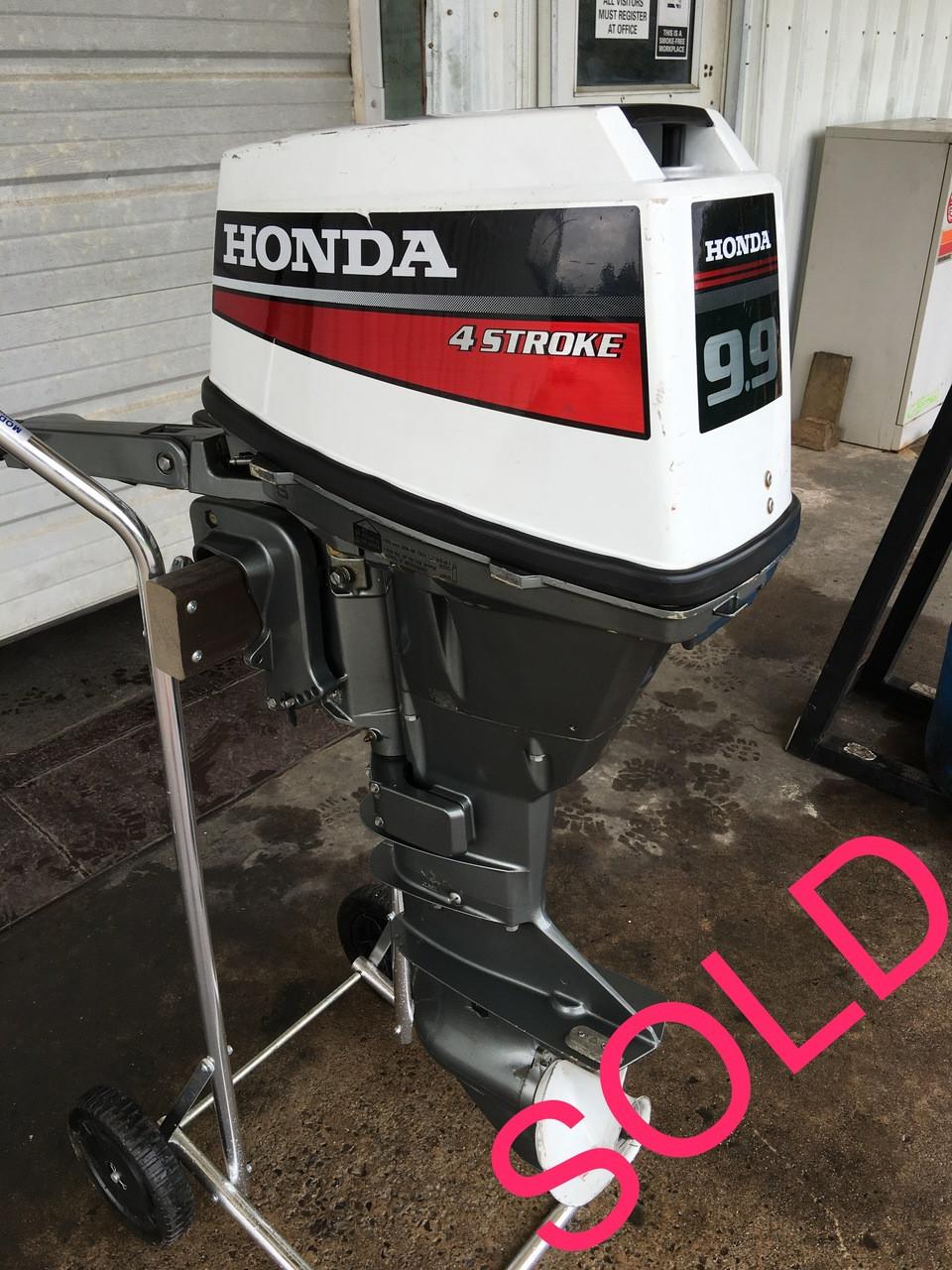 1990 Honda 9.9 HP 2-Cyl 4-Stroke 15 Inch Tiller Outboard Motor