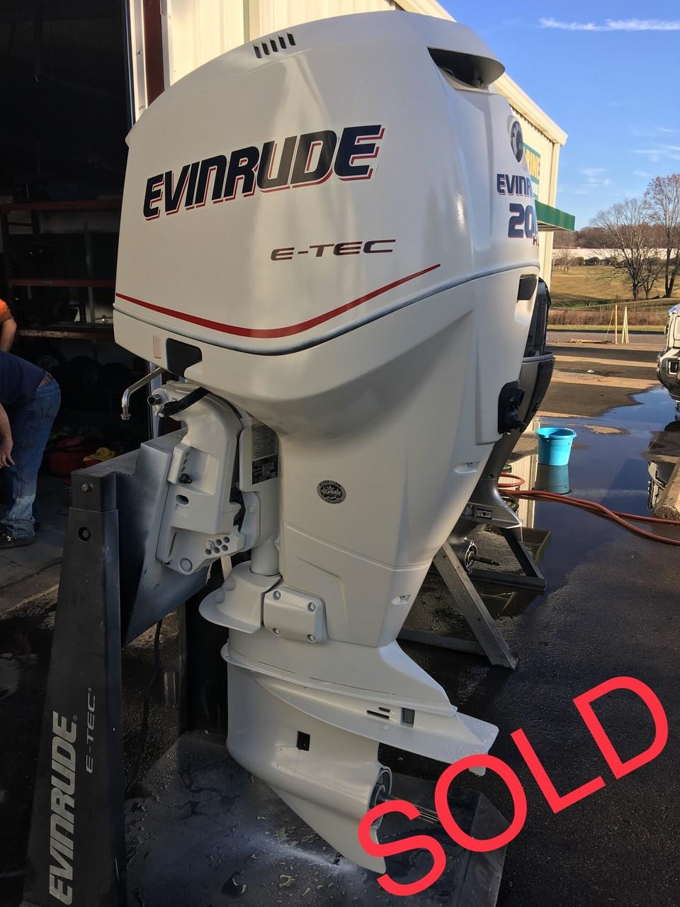 2012 Evinrude ETec 200 HP High Output V6 2-Stroke 25