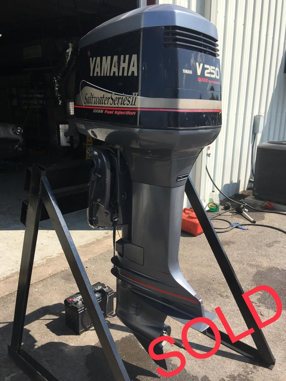 2001 Yamaha 250 HP Saltwater Series II V6 2-Stroke 30