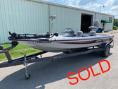 2005 Bumble Bee 278 18' Fiberglass Bass Boat with Trailer