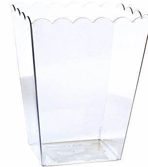 Large Clear Plastic Scalloped Container