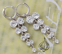 Very beautiful earring silver rhodium plated