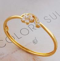 Small bangle, floral design