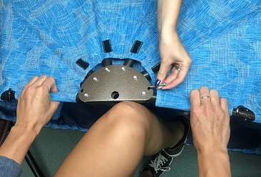 top-pan-knee-method-1-small.jpg
