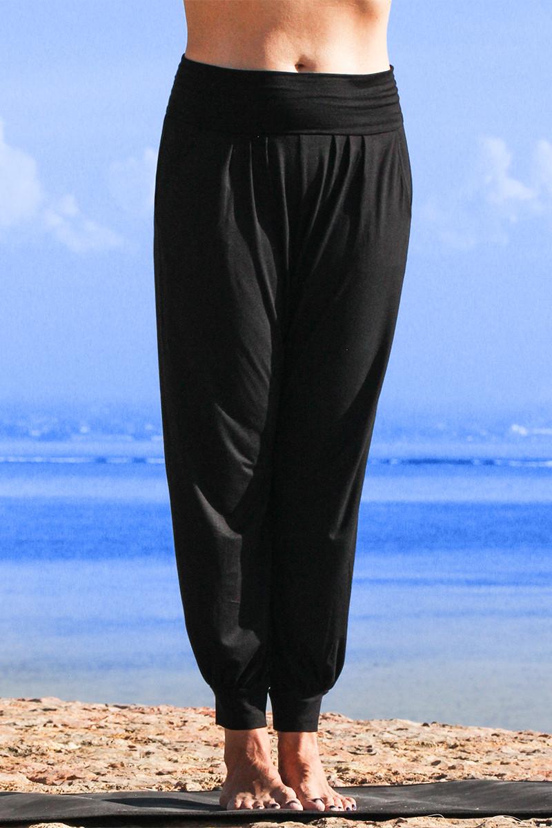 Yasmin pants front view