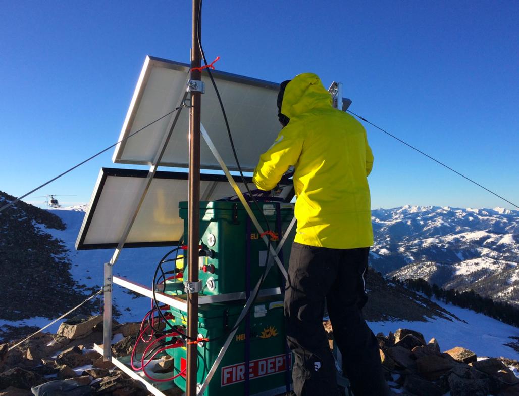 Baker Peak - 80 Quart Icey-Tek Cooler