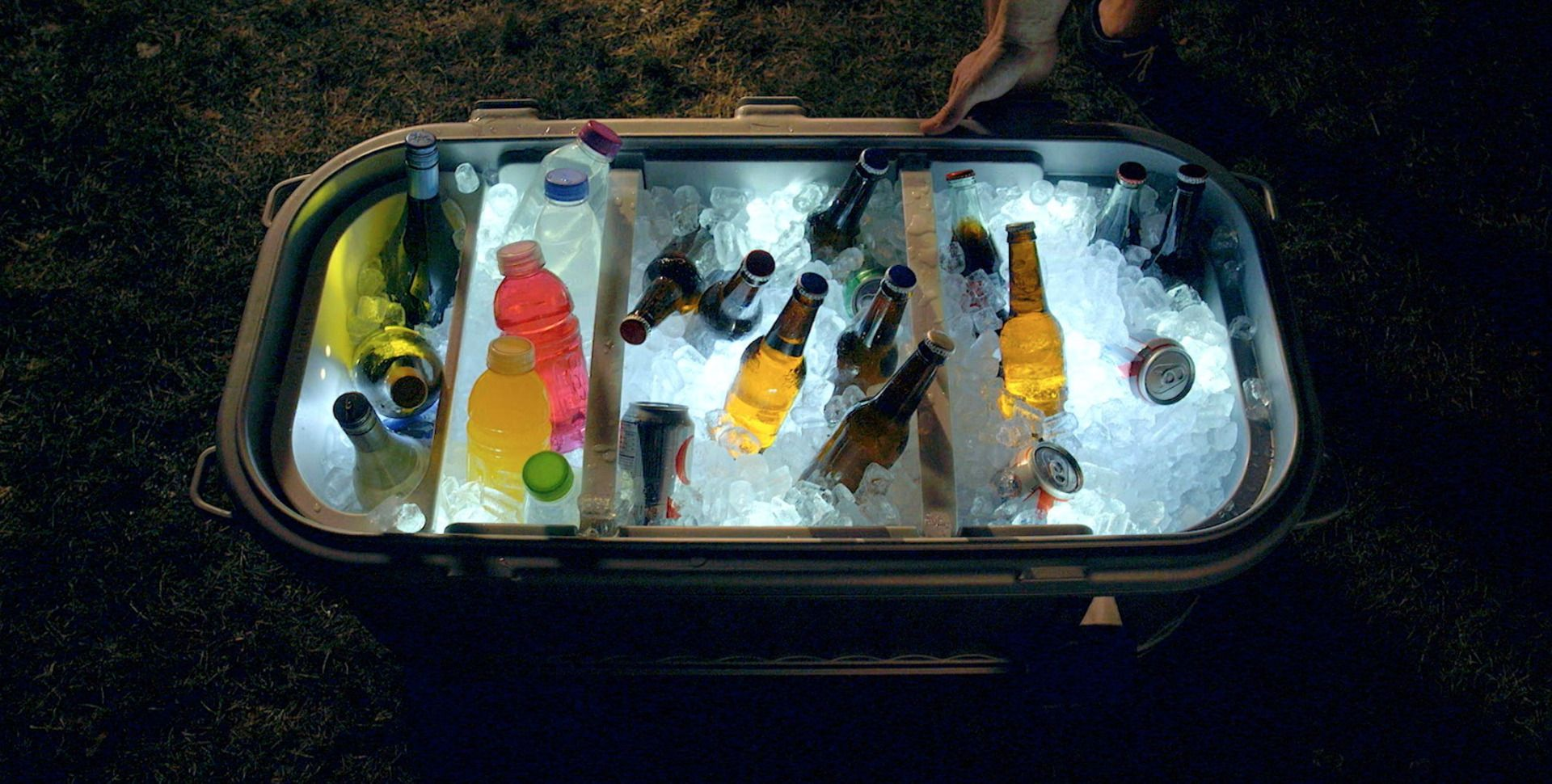 Igloo Party Bar - 125 Quart Cooler