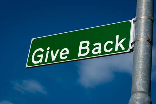 Don't be a Scrooge: How to Give Back While Keeping Your Distance