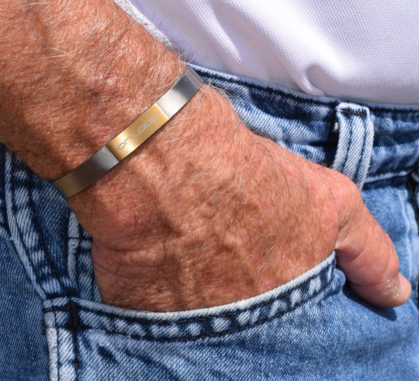 TiCuff Titanium Negative Ion + Magnet Bracelet