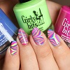 girly-bits-water-marble-lyly-nails-link.jpg