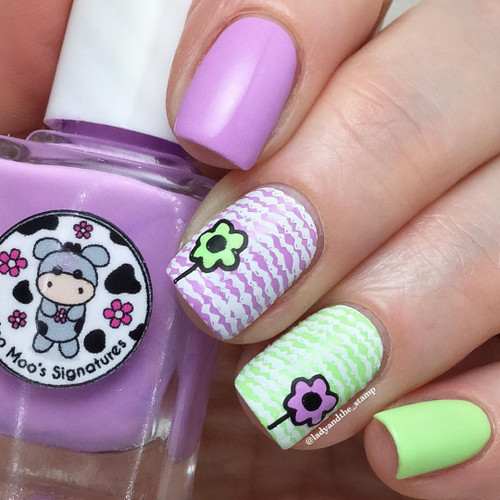 AVAILABLE AT GIRLY BITS COSMETICS www.girlybitscosmetics.com Ocean Song (Rainbow Flowers Bath Collection) by Moo Moo Signatures   Swatch courtesy of @ladyandthe_stamp