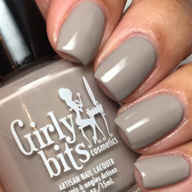 GIRLY BITS COSMETICS Yes, We Can! from the Warrior Goddess Collection | Swatch courtesy of @luvlee226