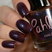 AVAILABLE AT GIRLY BITS COSMETICS www.girlybitscosmetics.com Elder Wand (Harry Potter - Deathly Hollow Trio) by Pahlish | Swatch  credit: Delishious Nails